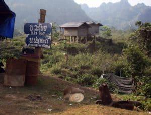 lao-adv-tours-ban-laboy-sign